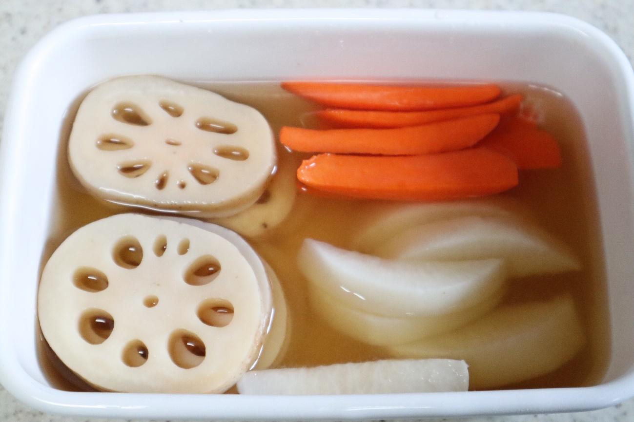 根野菜のピクルス