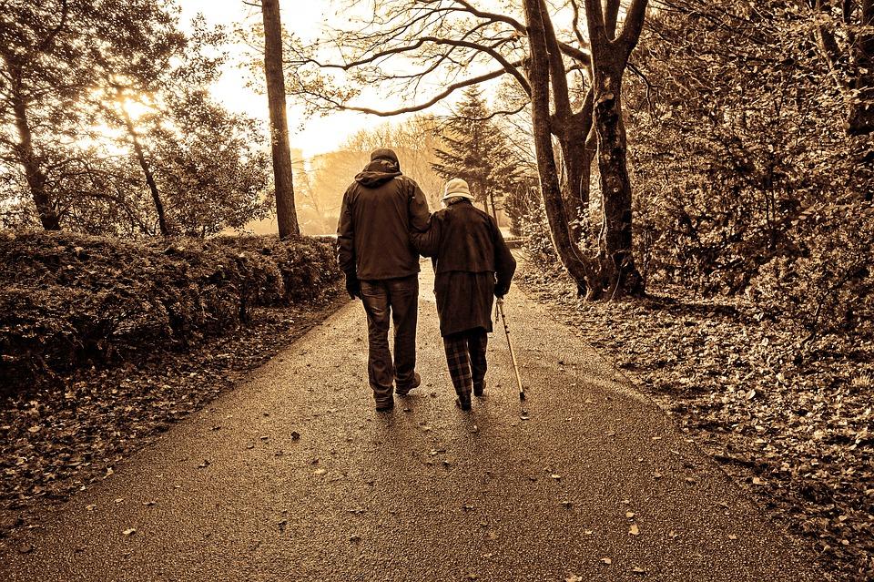 在宅介護の「困った!」からサービスを見つける方法を紹介