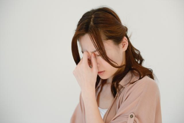 そのめまい、もしかして病気のサインかも?高齢者に多いめまいの原因や対策について詳しく解説!
