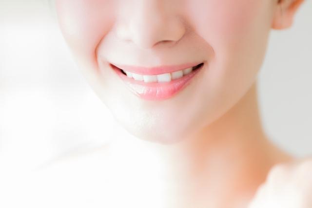 歯周病が誤嚥性肺炎の原因に?治療法や食事
