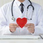高齢者に多い心臓弁膜症とは?原因や治療法、食事療法について詳しく解説!