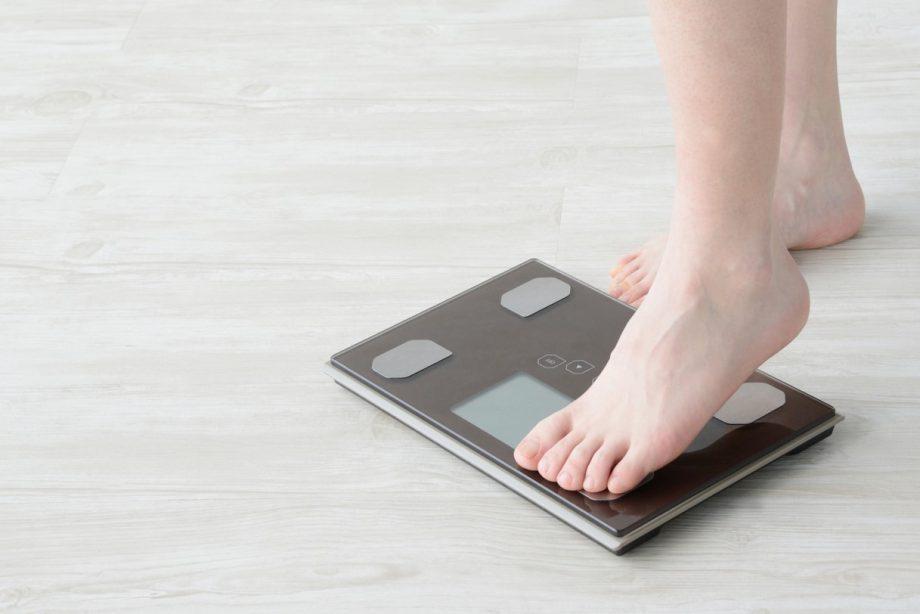 夏に太りやすい理由とは?